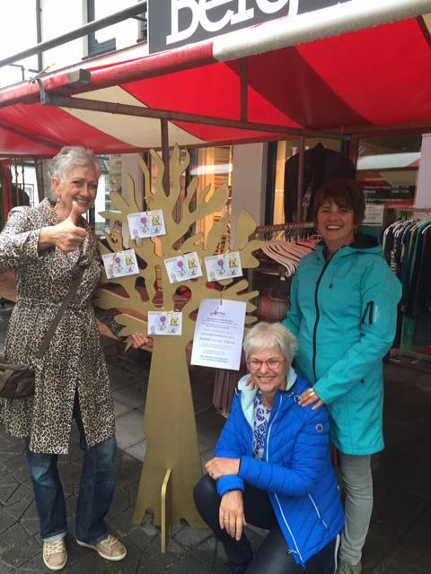 De Gouden Wensboom op de Midzomeravond in Driebergen